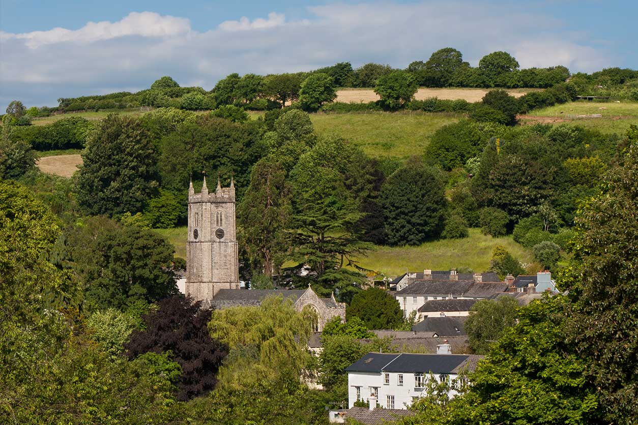 Find Local Attractions on Dartmoor - Places to Visit on ...